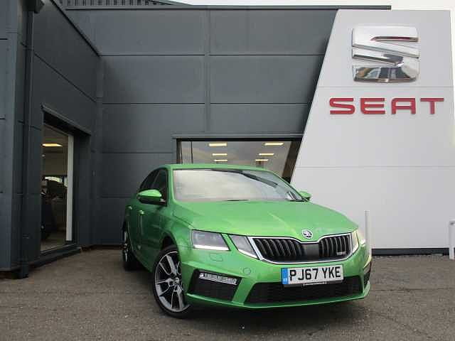SKODA Octavia vRS Hatch (2017)  2.0TDI vRS (184ps)